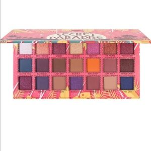 BRAND NEW J.cat Beauty Eyeshadow Palette